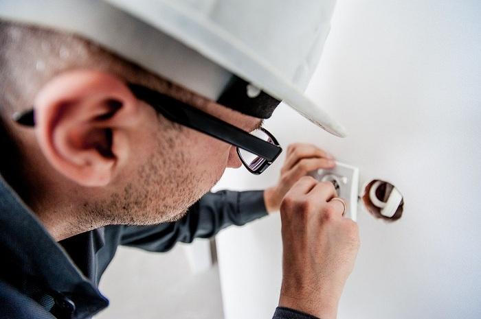 5 pannes d'électricité qui nécessitent de faire appel à un professionnel